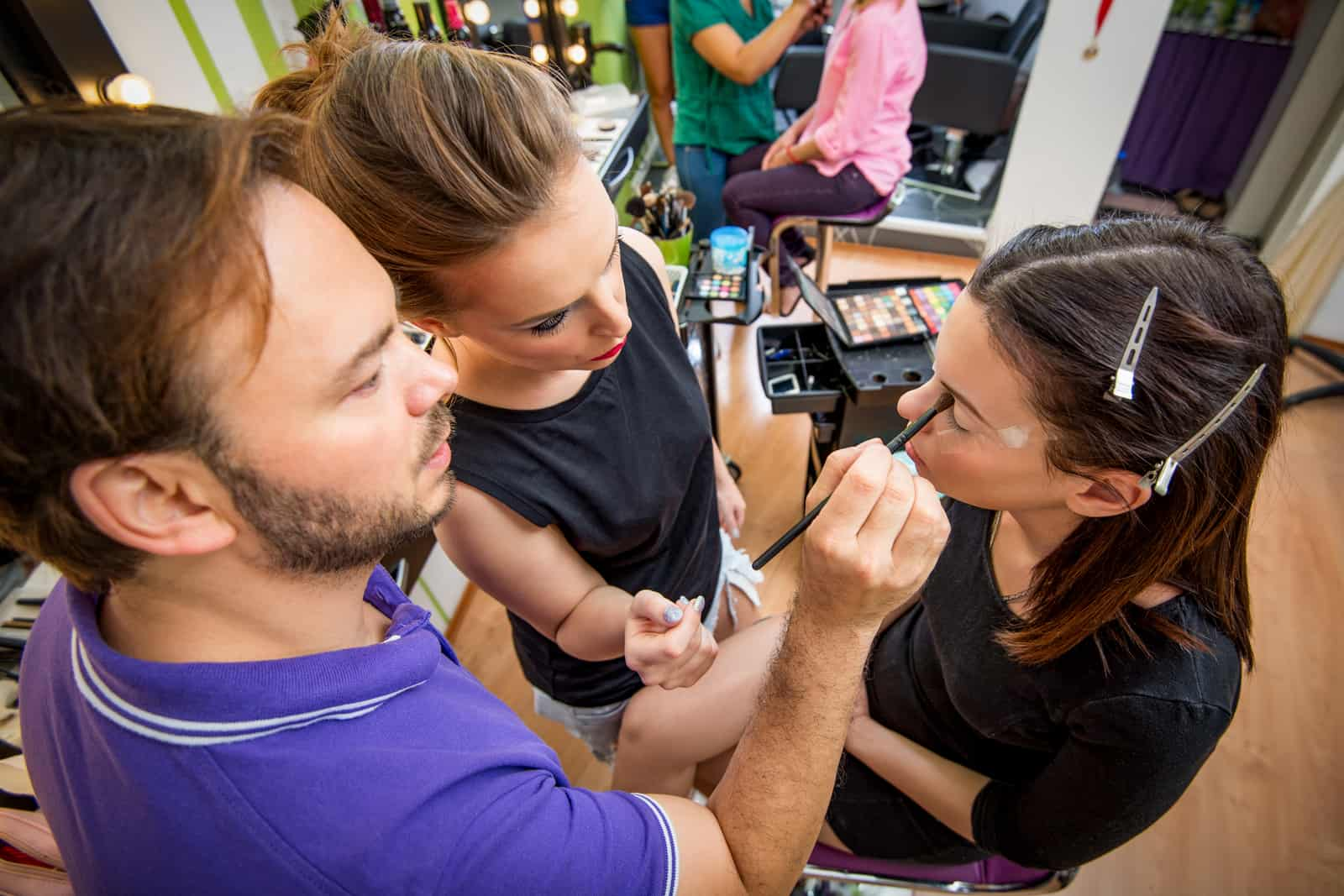 Should you go to beauty school or take a cosmetology apprenticeship?