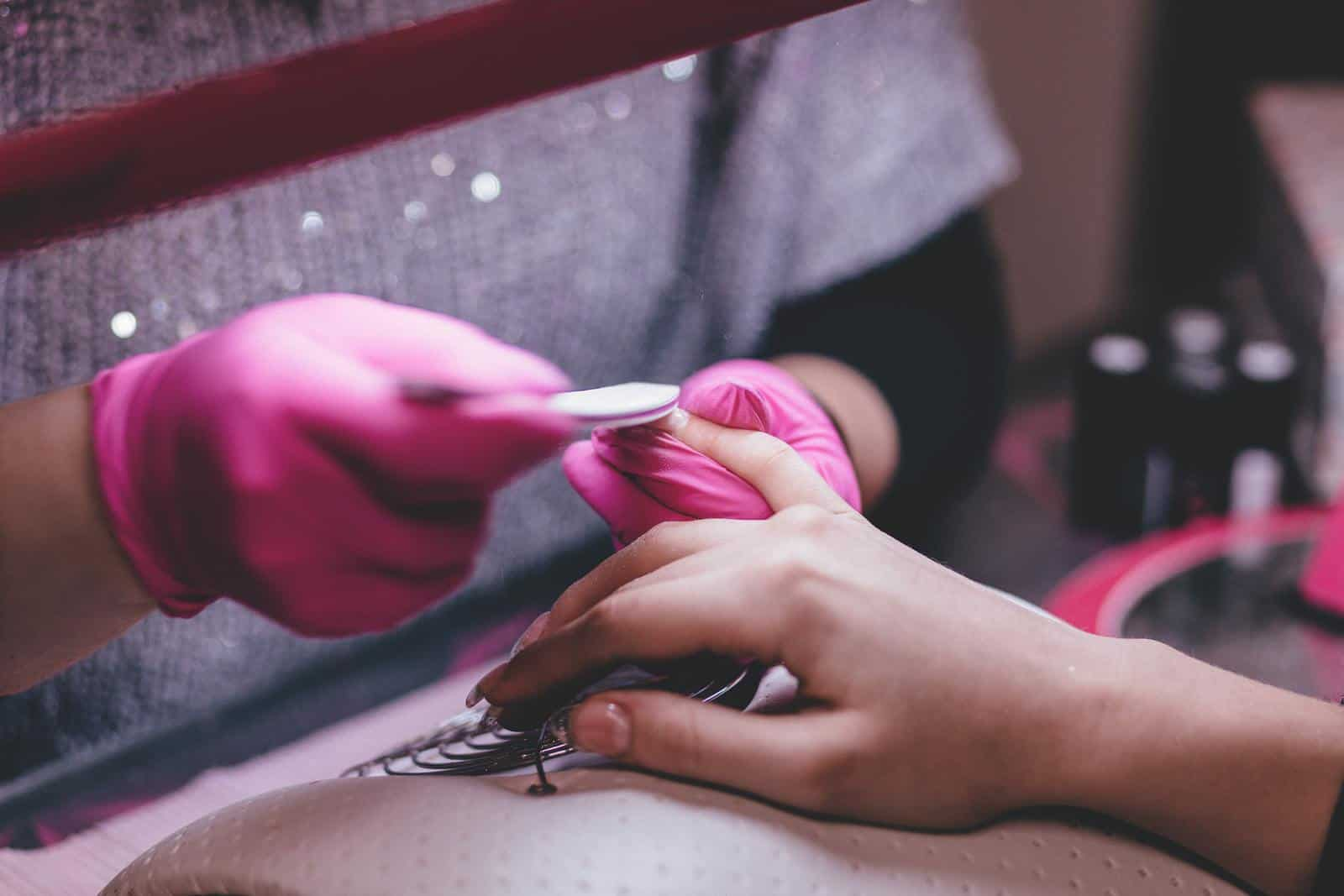 How long does it take to become a nail tech