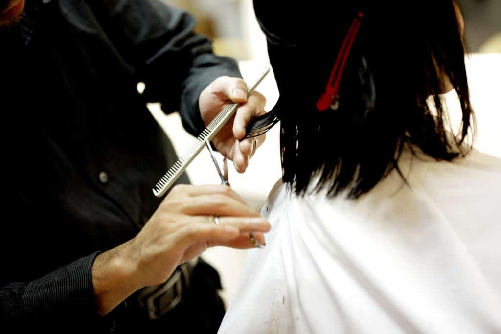 How Many Hours Cosmetologists Work Per Week