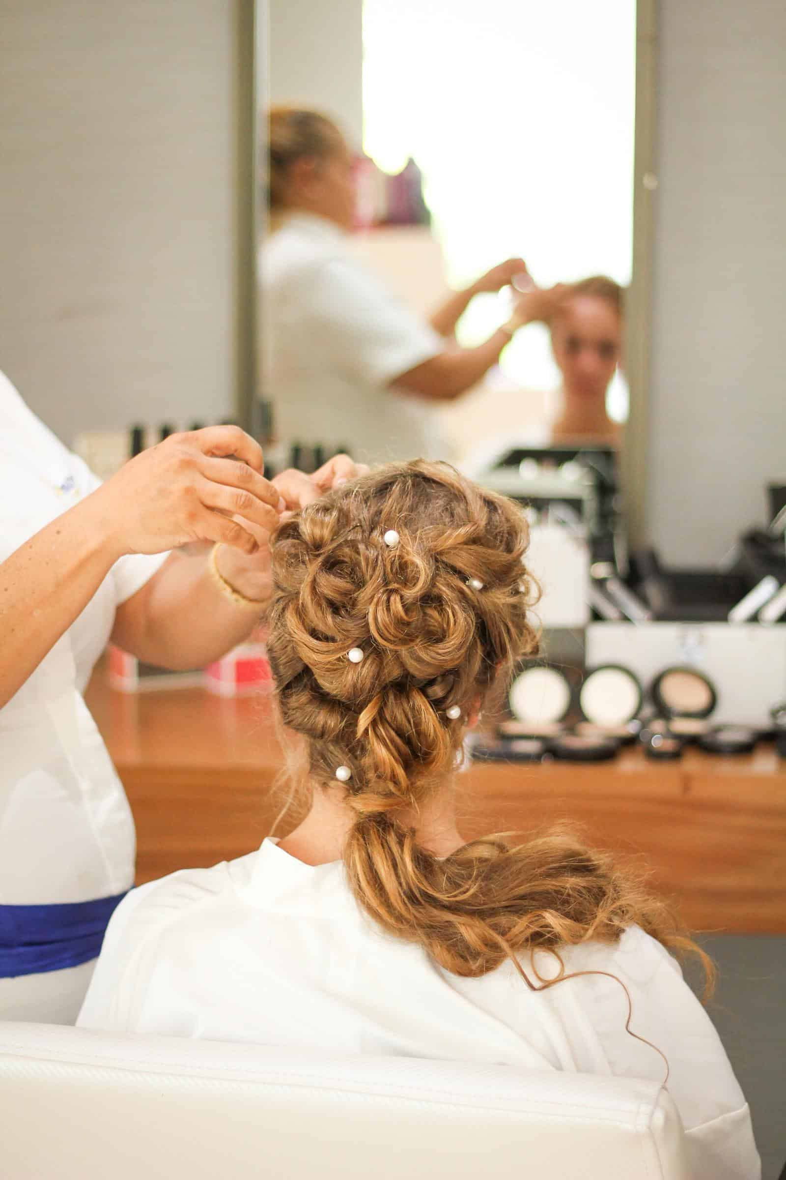 What To Do With a Cosmetology License